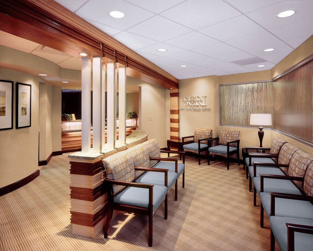 01-SCRI-Clinical-Drug-Research-Suite-Nashville-TN-Front-Waiting-Room-min.jpg