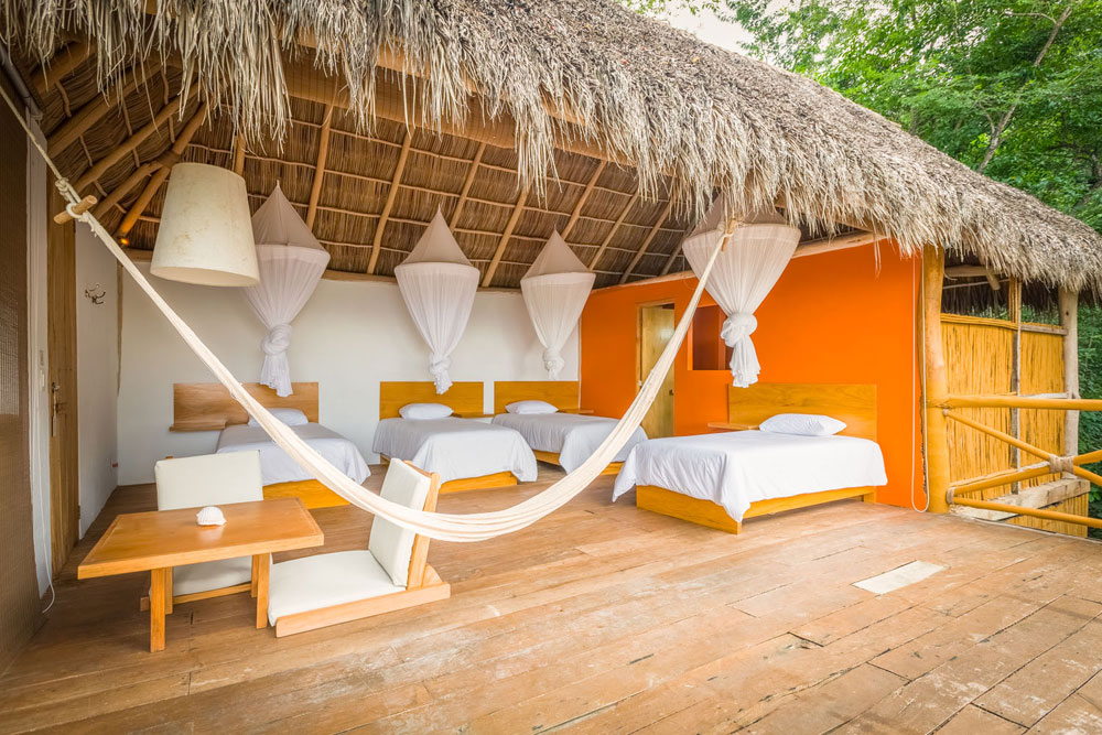 Small Palapa Four Single Beds