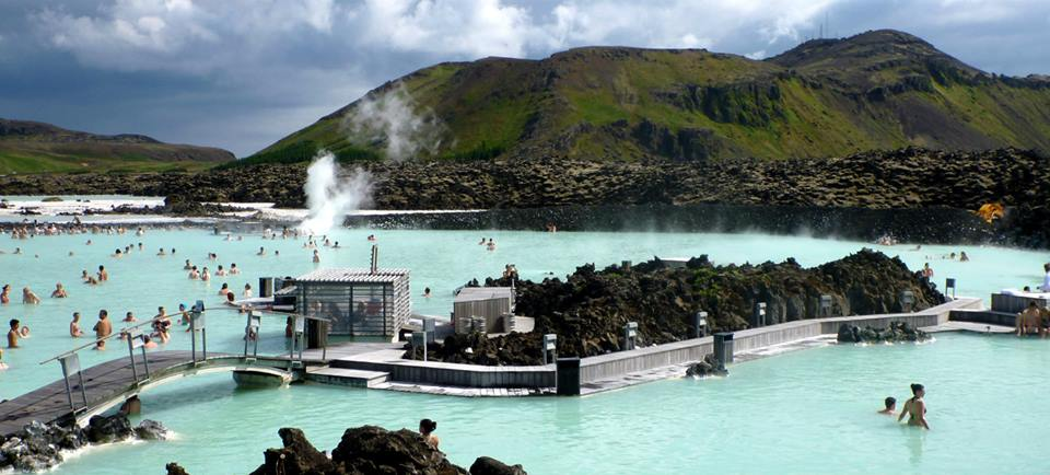 blue-lagoon-iceland-thermal-pools