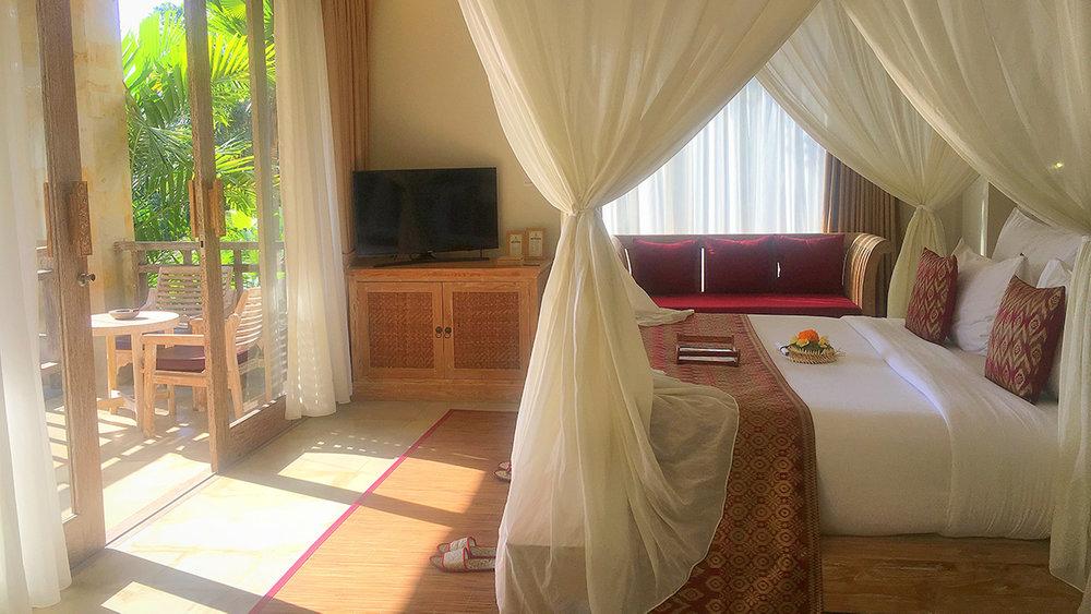udaya-resort-bedroom-bali-yoga-retreat