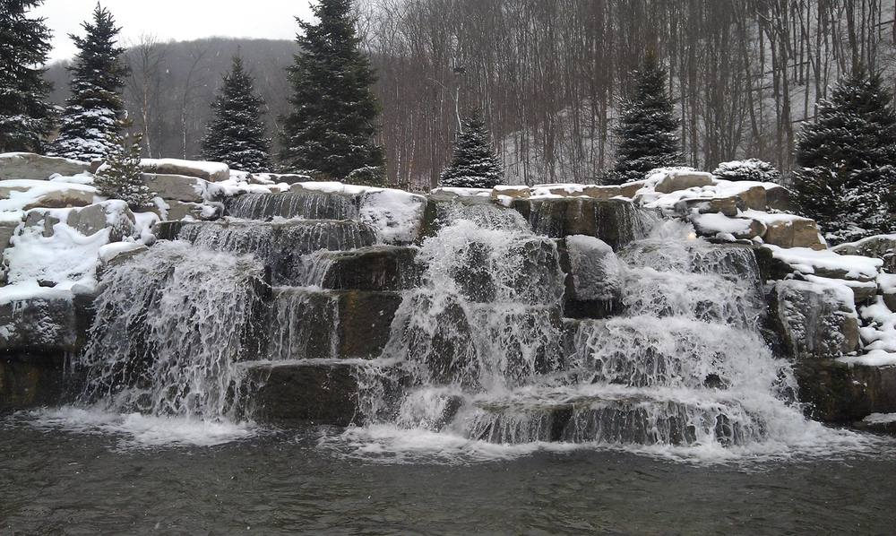 Waterfall_1_winter.jpg