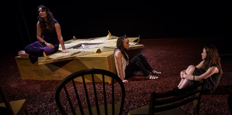 Clytemnestra (Una Kavanagh), Electra (Katie Honan) & Young Electra (Ava Geyer)