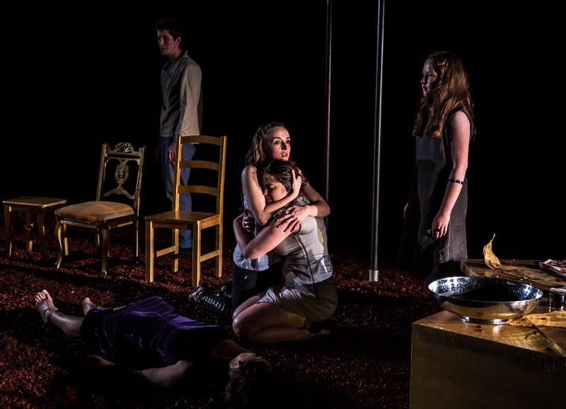 Orestes (Robert Thompson), Electra (Katie Honan), Chrysothemis (Danielle Galligan) & Young Electra (Ava Geyer)