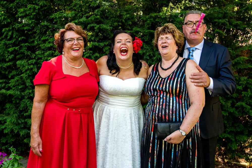 moeder van de bruid