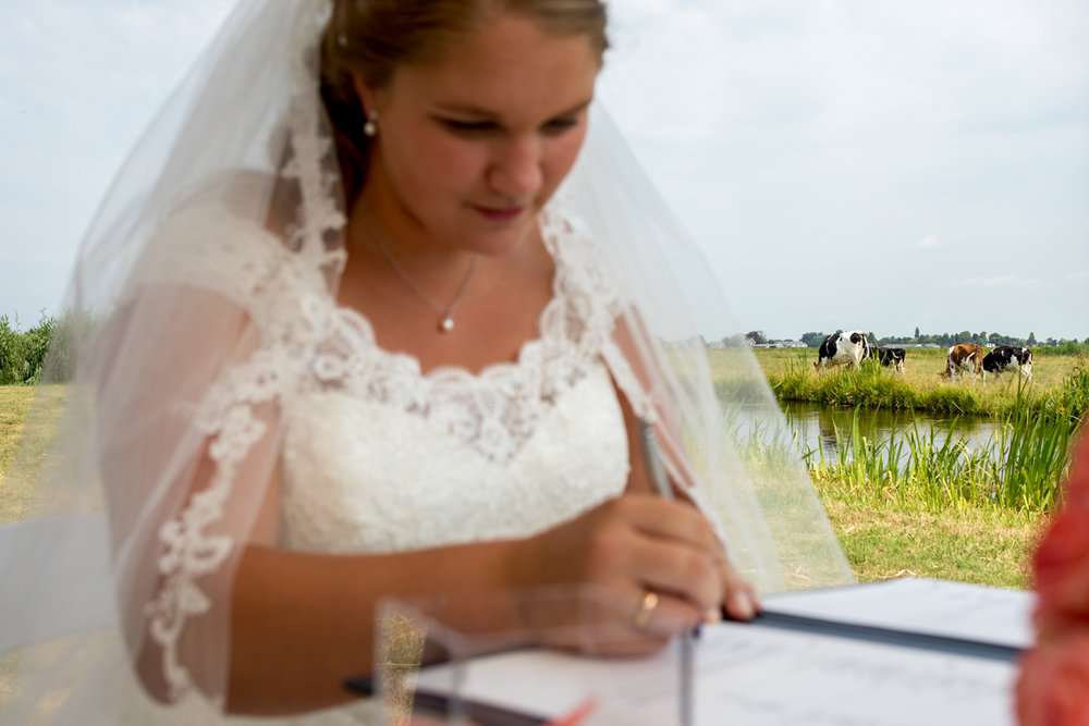 trouwen handtekening buitenbruiloft
