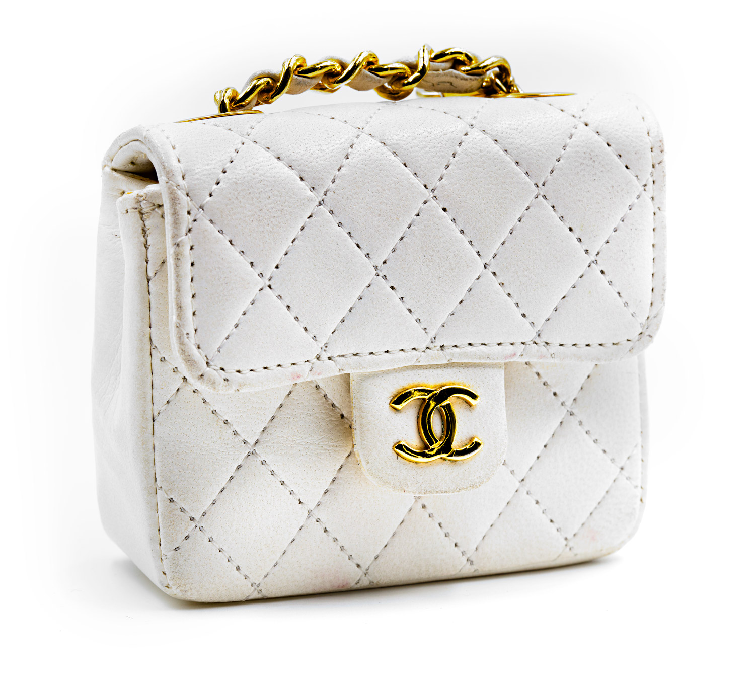 429c1aee713807 White Mini Chanel Leather Bag. white-leather-front.jpg