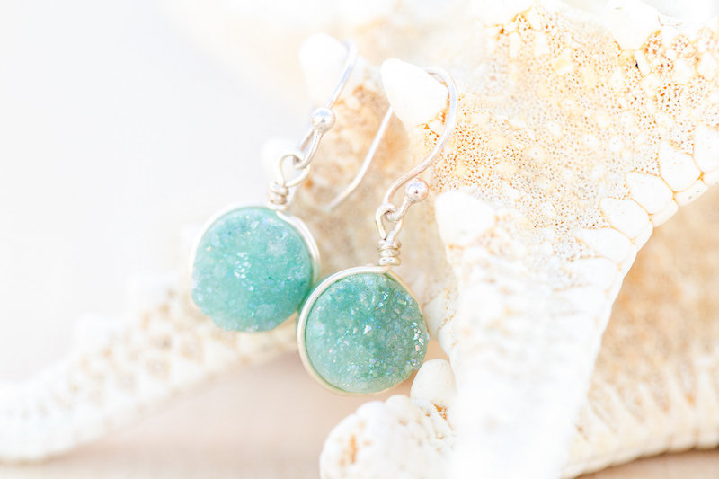 DC-Boutique-Event-Planner-Wedding-Designer-Green-Beach-Earrings-A-Griffin-Events.jpg