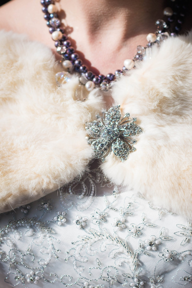 DC-Boutique-Wedding-Planner-Stylish-Fur-Wrap-A-Griffin-Events-Brooch.jpg