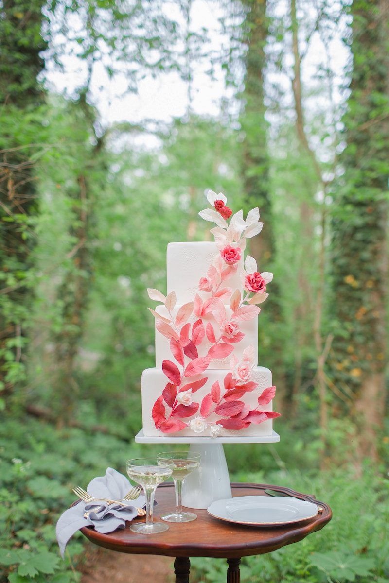 DC-Boutique-Wedding-Planner-A-Griffin-Events-Cake-Sugar-Leaves.jpg