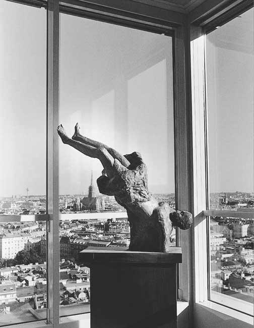 Figur nach Goya /Sammlung Vienna Insurance Group /Ringturm Wien