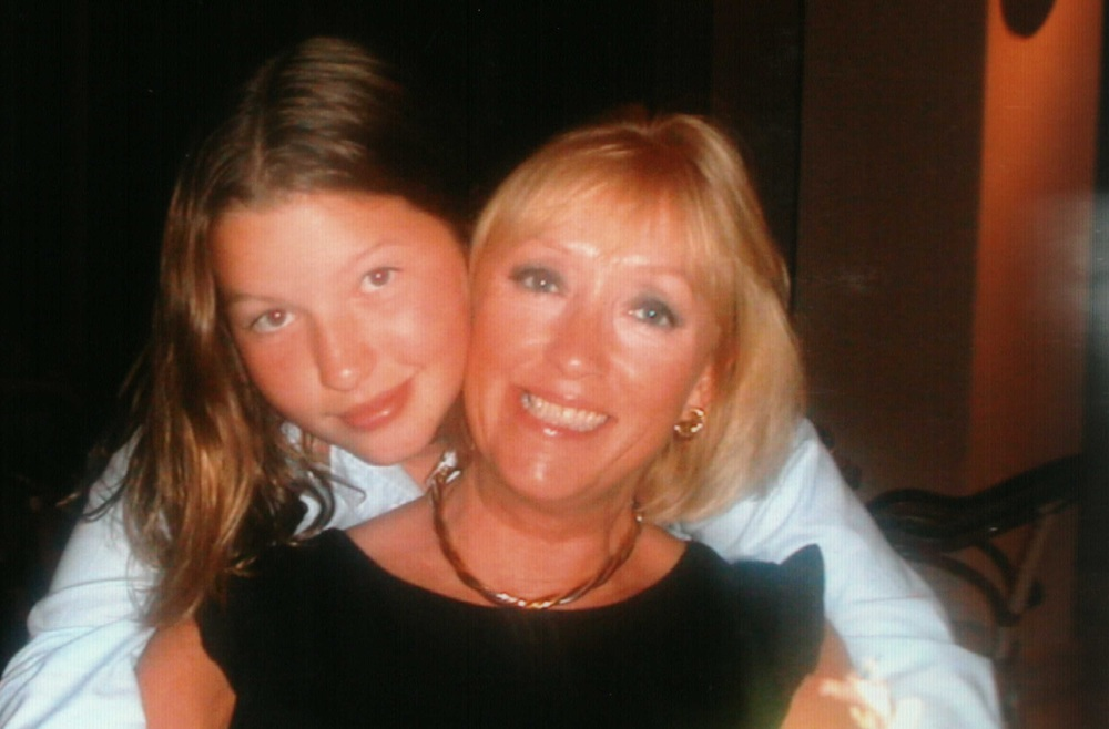 A young Sarah with her mother, Kate