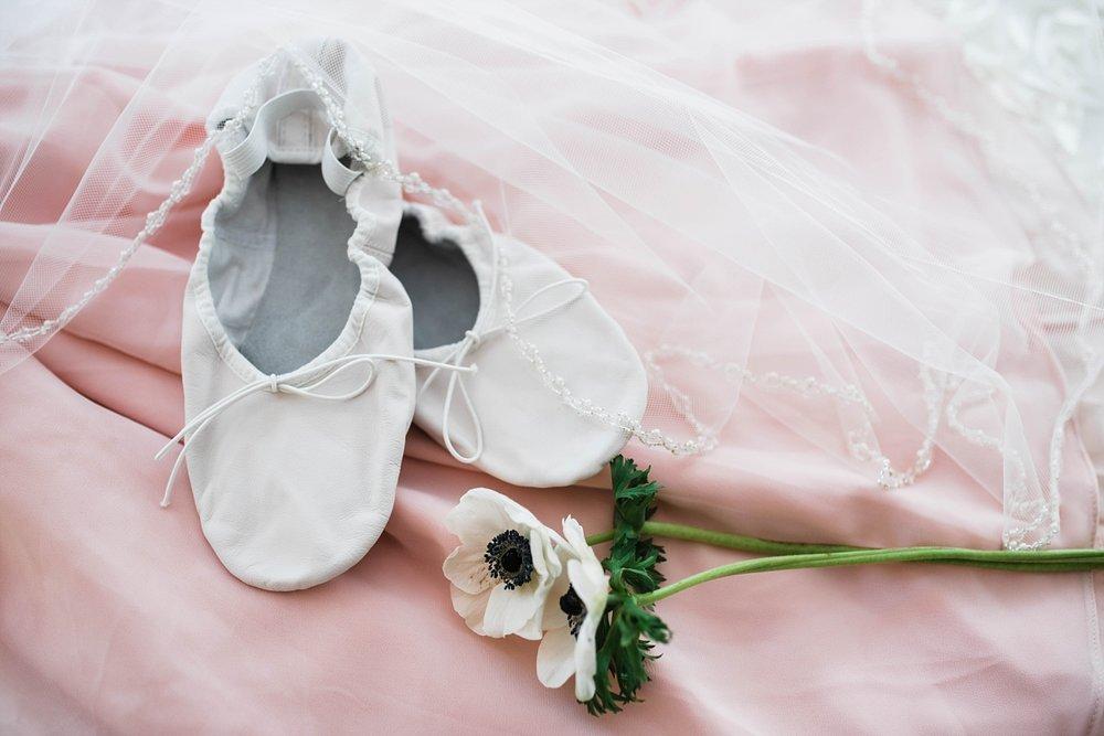 BALLET FLATS | ELEGANT SPRING WEDDING AT THE SONNET HOUSE | TJ & SHELBY | JOHNSON WEDDING