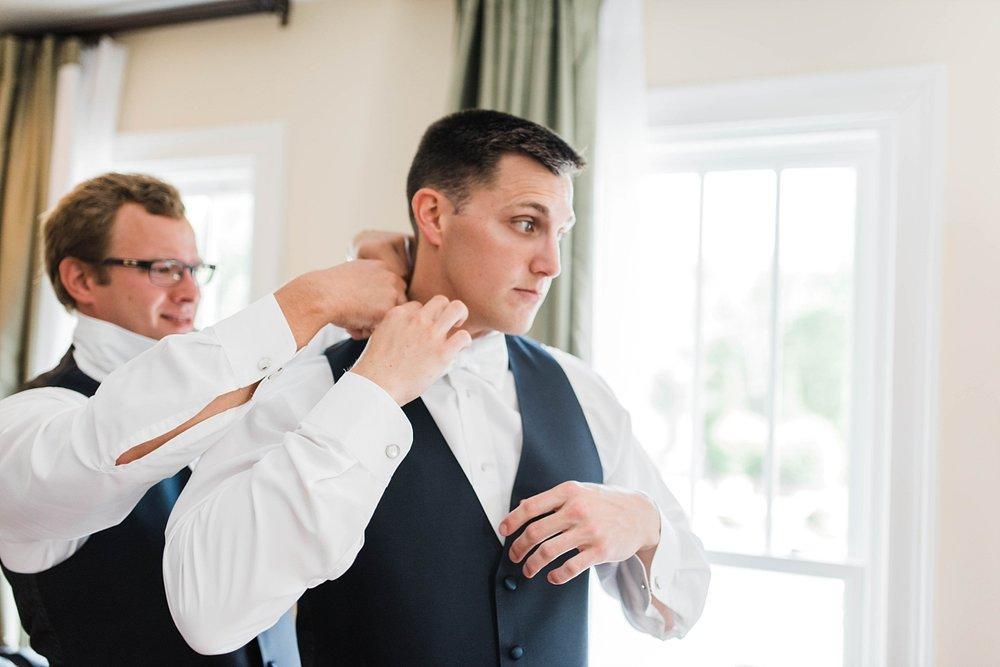 GROOM GETTING READY| ELEGANT SPRING WEDDING AT THE SONNET HOUSE | TJ & SHELBY | JOHNSON WEDDING