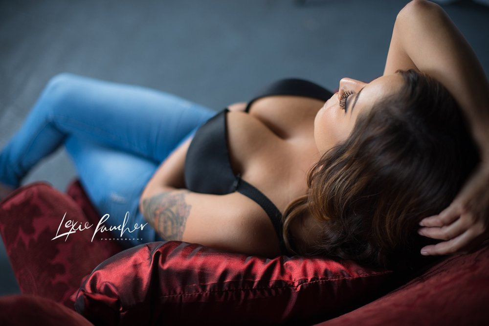 Dallas Boudoir Photographer | Studio Bella's $99 Session