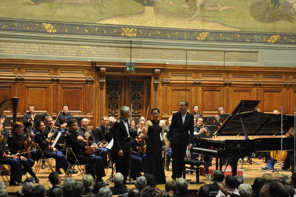 June Wu performs Rachmaninoff Piano Concerto No. 1 with the Orchestre de la Garde Républicaine under the direction of François Boulanger at the Sorbonne in Paris in Oct. 2014.