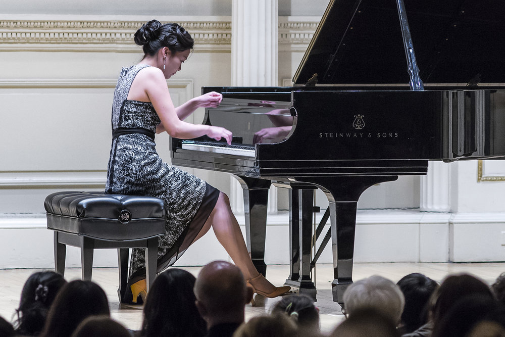 June performs Liszt at the 2016 New York Piano Society annual gala at Carnegie Hall's Weill Recital Hall.