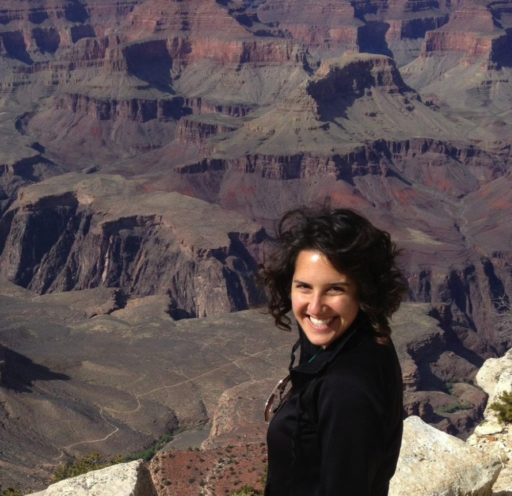 Annie Arcuri, Managing Editor