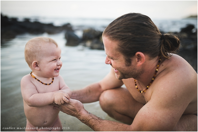family-beach-photo-shoot-oahu-hawaii-candice-macdonnell_0019.jpg