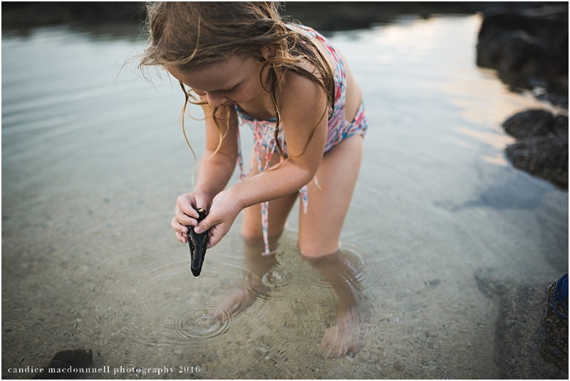 family-beach-photo-shoot-oahu-hawaii-candice-macdonnell_0026.jpg