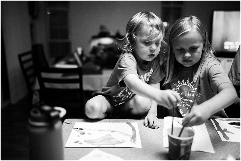 children painting in kitchen birth and family photographer