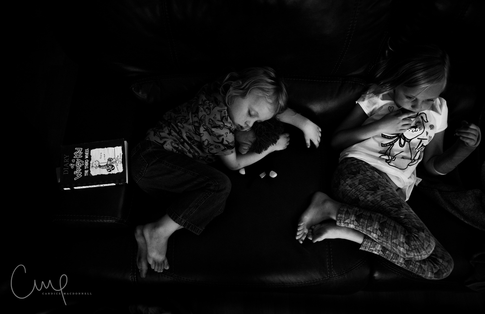 kids sleeping fun family photographer oahu hawaii
