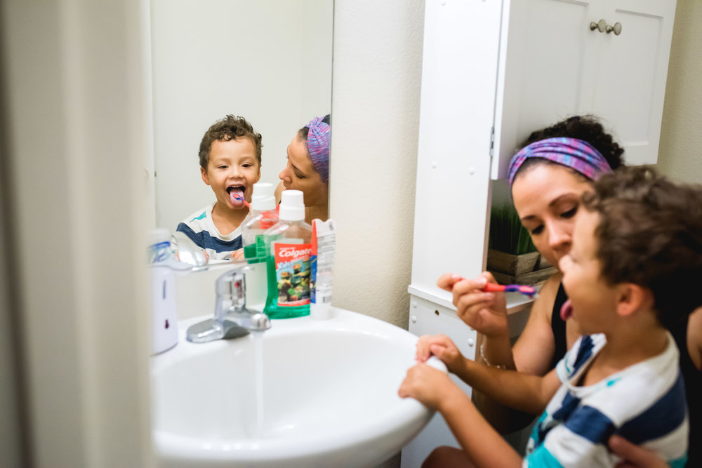 in home lifestyle photographer boy brushing teeth rolla missorui