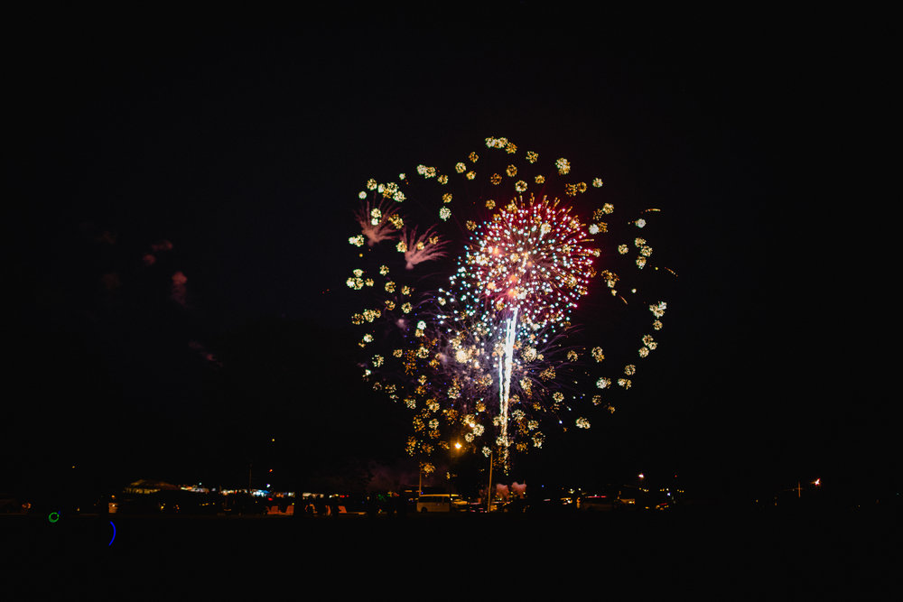 fireworks show on fort leonard wood missouri documentary photographer