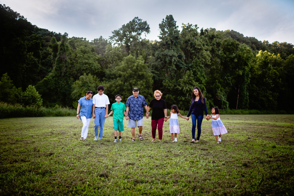 extended family lifestyle photographer