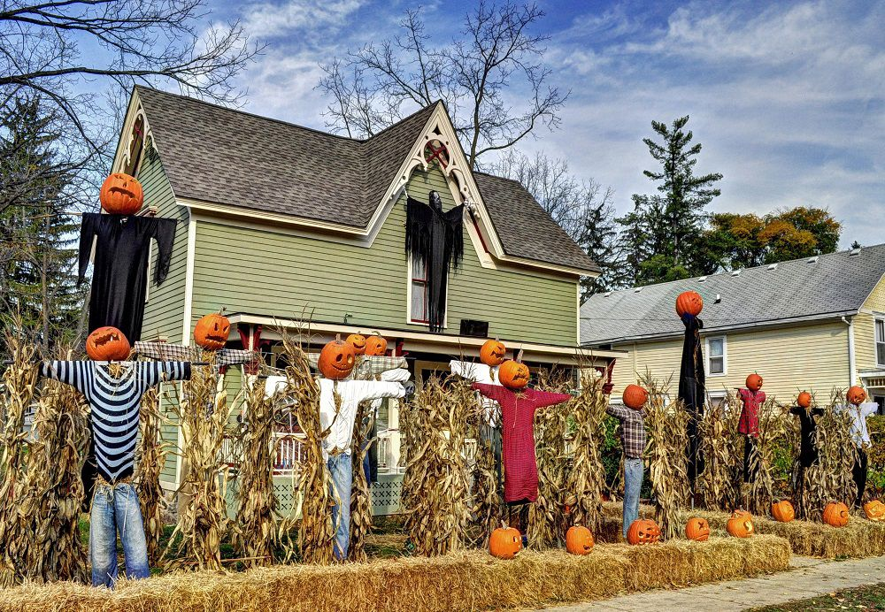 DIY Halloween Decorating