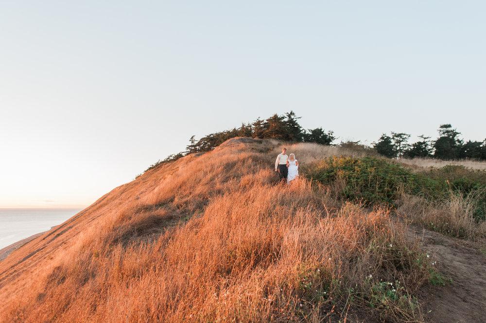 OakHarborWeddingPhotographer (29 of 47).jpg