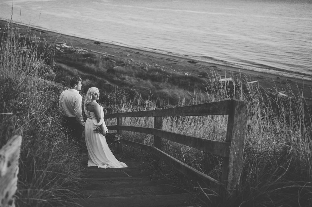 OakHarborWeddingPhotographer (37 of 47).jpg