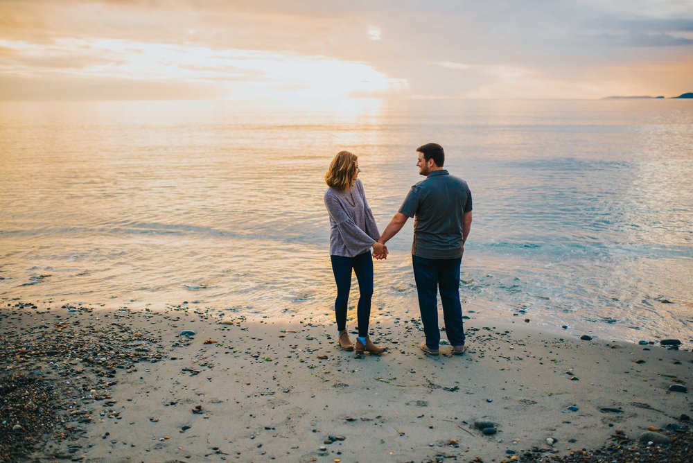 Whidbey-Island-Engagement-Photos-28.jpg