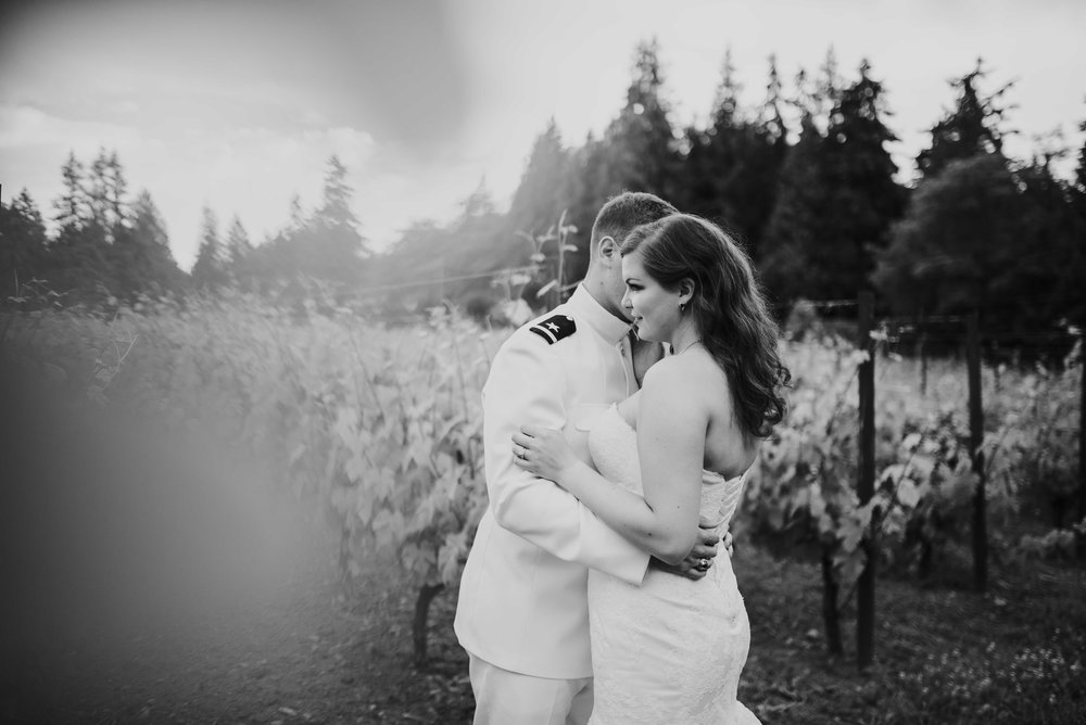 Whidbey-Wedding-Photographer-60.jpg