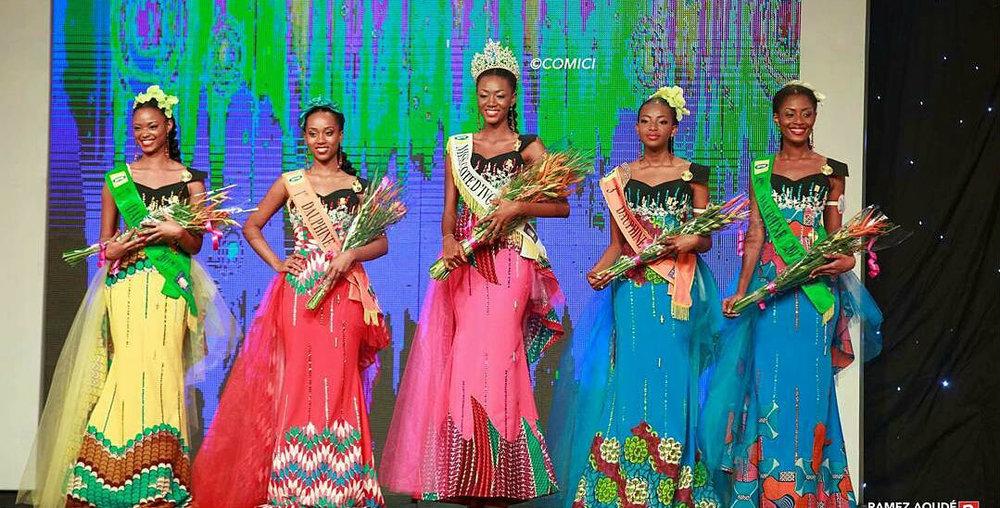 A altíssima Miss Costa do Marfim e sua corte: ela quer fazer história para o seu país e vencer o Miss World 2017, na China.