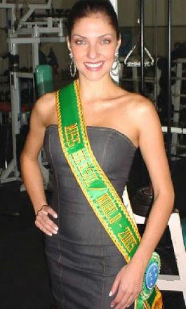 Lara Britto de Goiás: Miss Brasil World 2003.