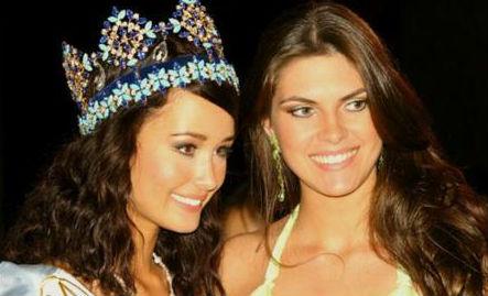 Unnur Birna da Islândia, Miss Mundo 2005, com a brasileira Patrícia Reginato.