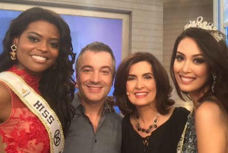 Ana Luiza, o diretor do CNB Henrique Fontes, a apresentadora Fátima Bernardes, e a Miss Mundo Brasil 2015 Catharina Choi Nunes.