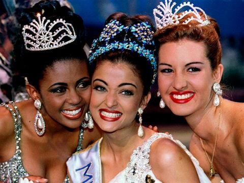 Aishwary Rai da Índia (c), Miss Mundo 1994, estava destinada a se tornar uma grande estrela. África do Sul (d) foi vice e Venezuela (d) foi a terceira classificada.