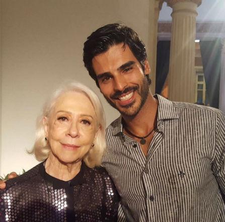 Mister Brasil CNB 2015 Anderson Tomazini ao lado da atriz Fernanda Montenegro. Tomazini estreou como ator.em grande estilo em novela da Rede Globo.