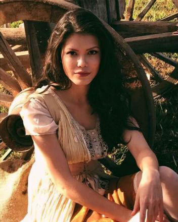Vitória Strada: vice-Miss Brasil Mundo 2014 e protagonista de novela global em 2017. Beleza e talento incontestáveis!