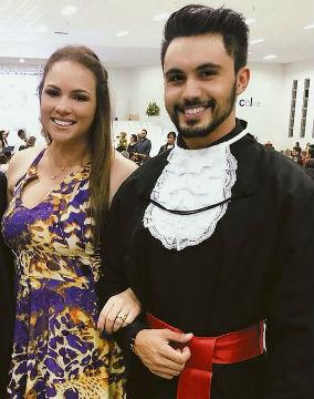 Rhudá e a Miss Brasil Mundo Jane Sousa: comemorando a conclusão do curso de Direito do Mister Goiás CNB 2014.