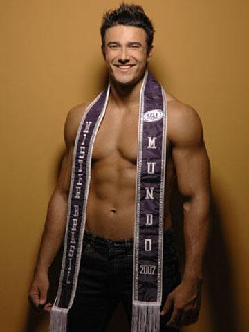 Lucas Gil: eleito em 2007, o primeiro Mister Brasil CNB foi vice-Mister World (foto Paulo Cibin)