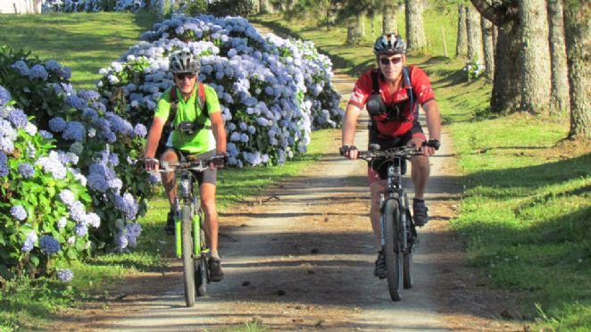 Vale Europeu: região catarinense de rara beleza que pode ser conhecido de bicicleta.