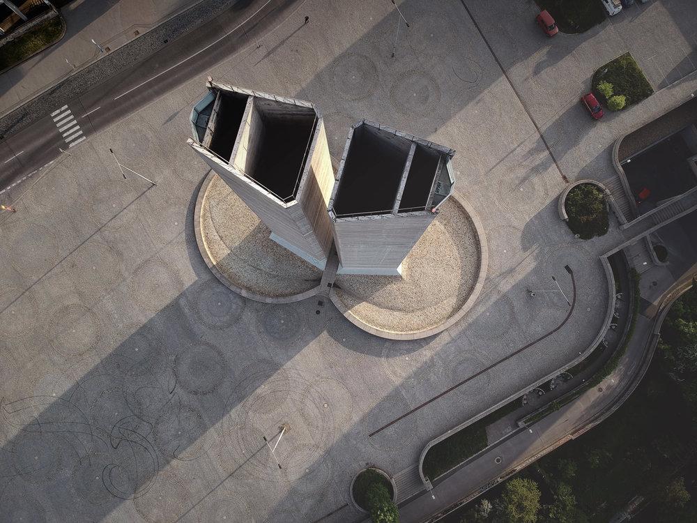 Strahov-monument.jpg