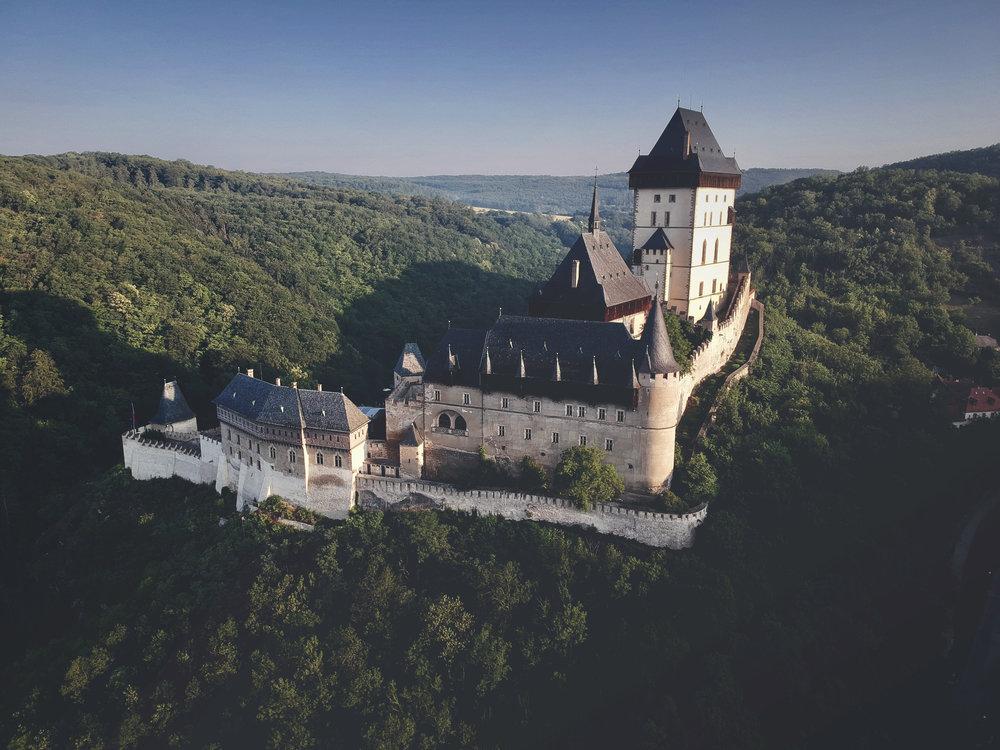Karlstejn_castle.jpg
