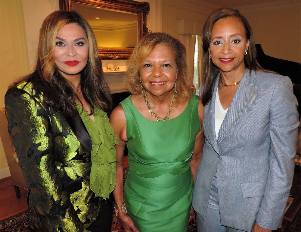 Event-2_Photo-1_Tina-Knowles-Lawson_Yvonne-Cormier_Cheryl-Creuzot.jpg
