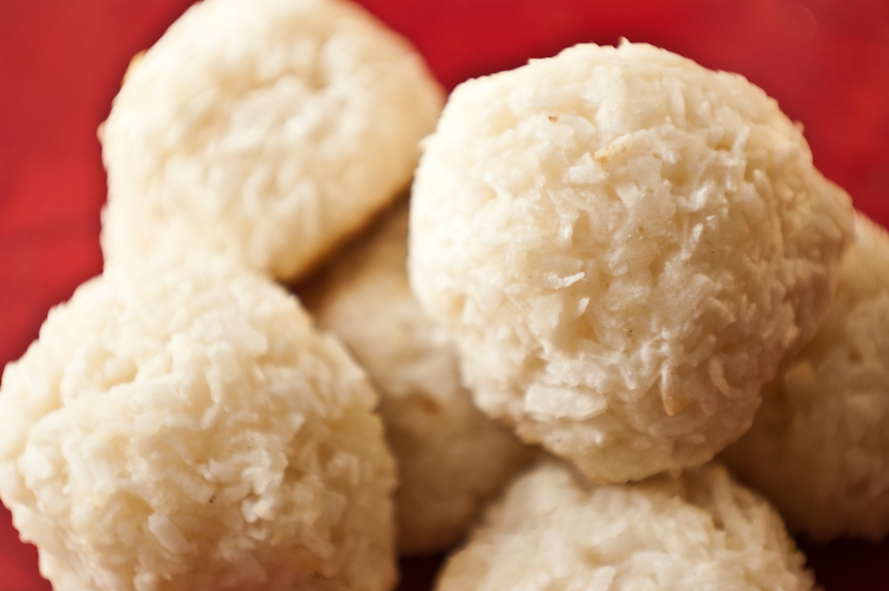 Vegan Coconut Macaroons Kimberly Snyder