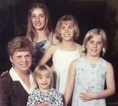 (clockwise) Grandma, Tara, me, Kelly, and Elizabeth