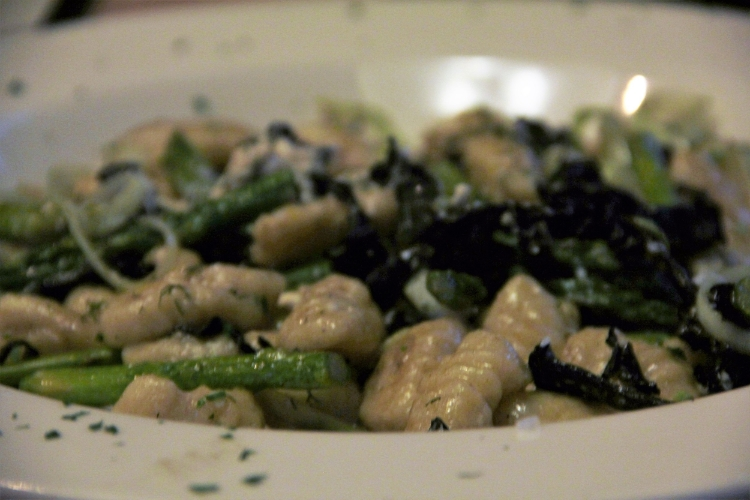 Gnocchi+Pesto+Fiddleheads