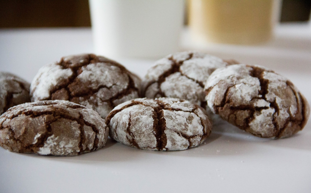 Mocha Crinkle Cookies Recipe